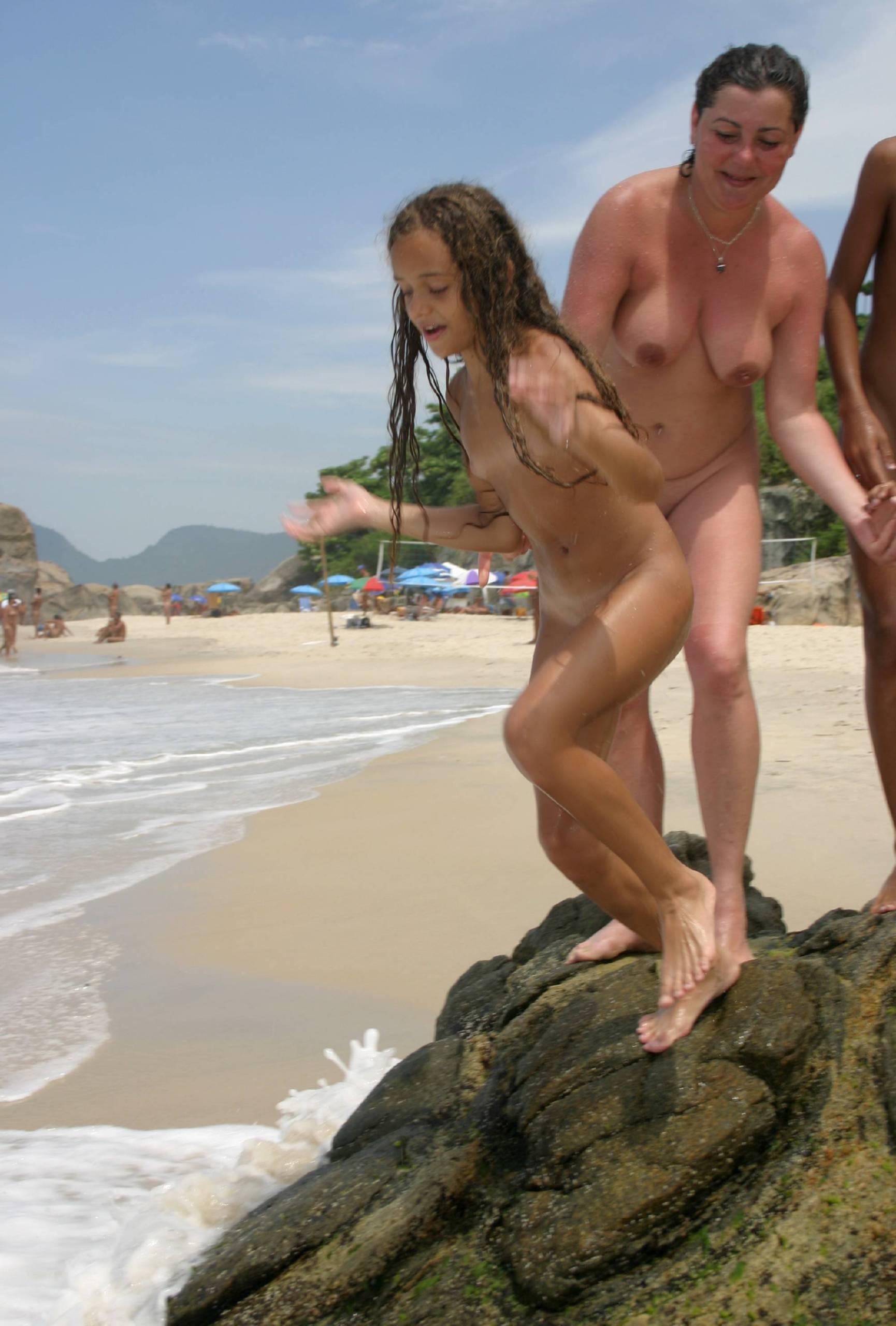 Purenudism Images Brazilian Rock Cliffs Climb - 2