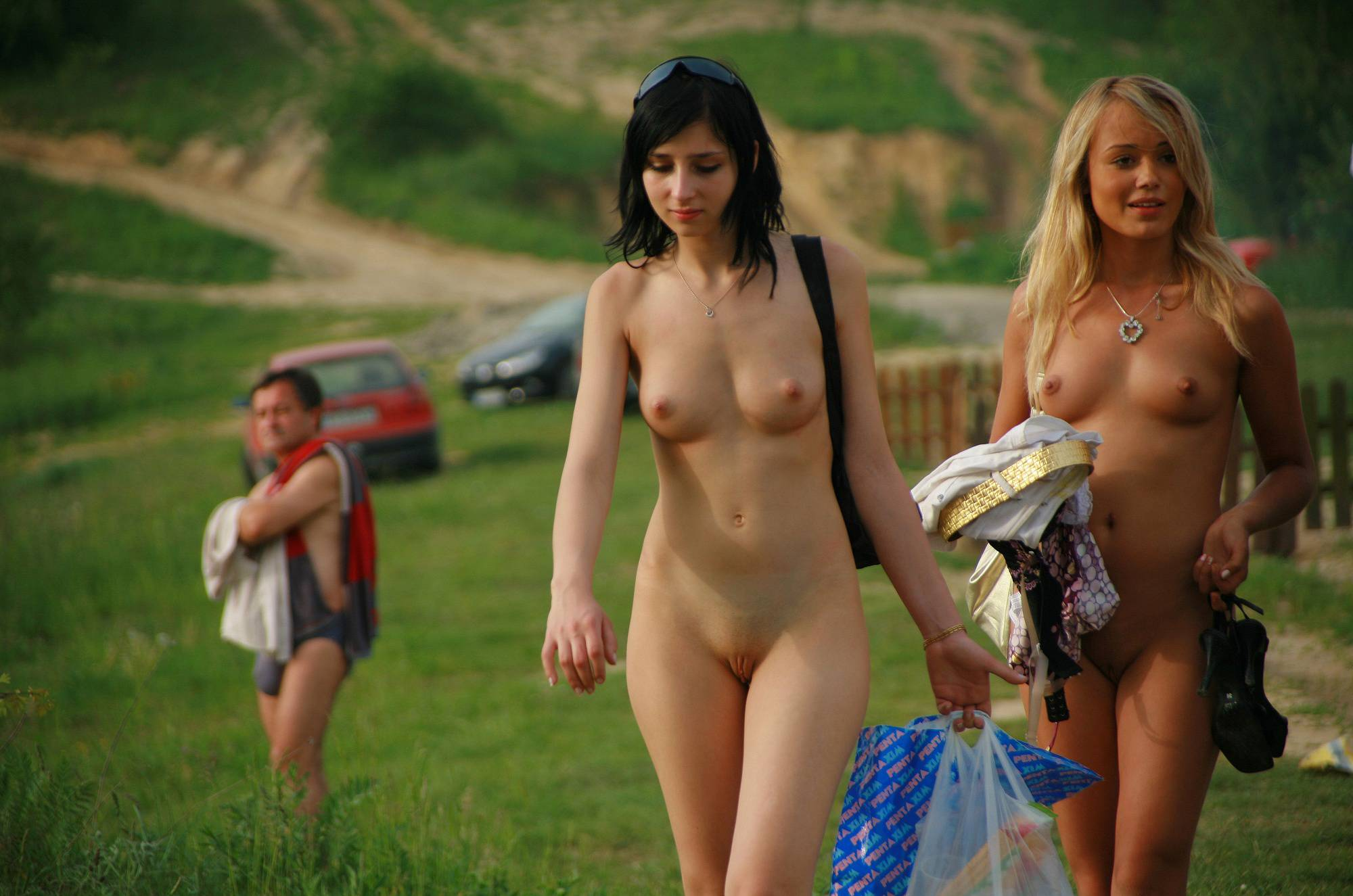 Pure Nudism Gallery Lake Kryspinow Eating Out - 2