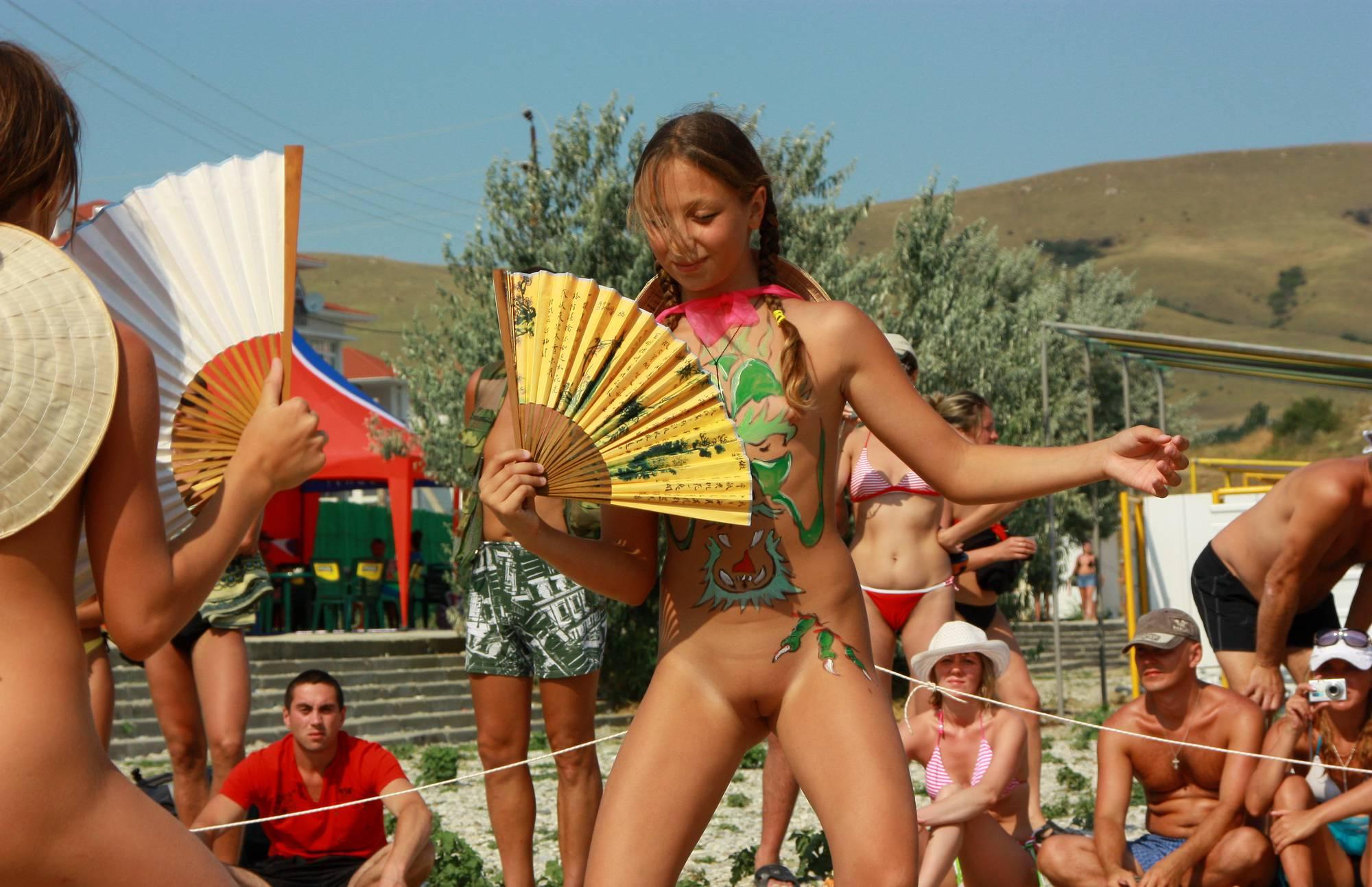 Nudist Photos Miss Natura Hand Fan Play - 2