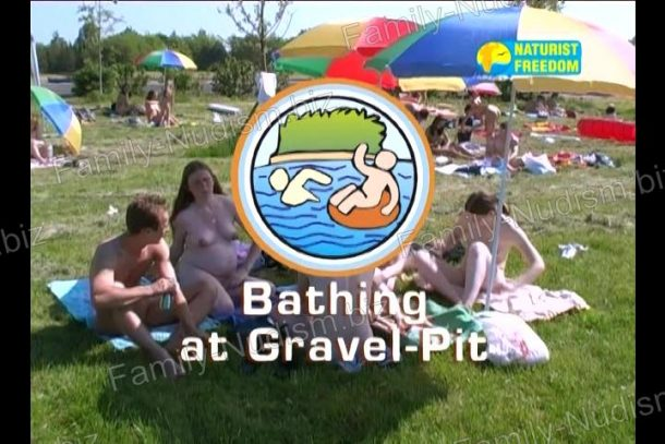 Bathing at Gravel-Pit - screenshot