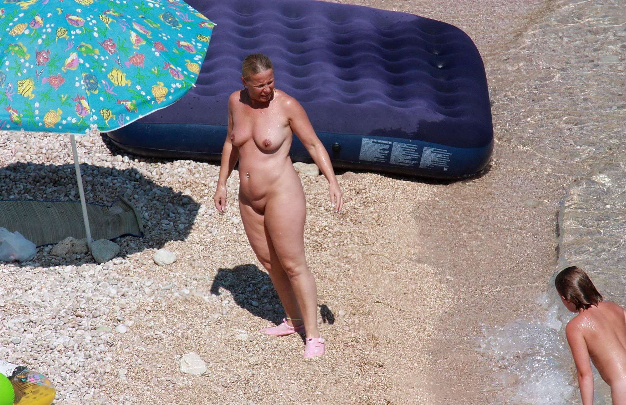 Pure Nudism Photos Naturists Rafting Along - 2