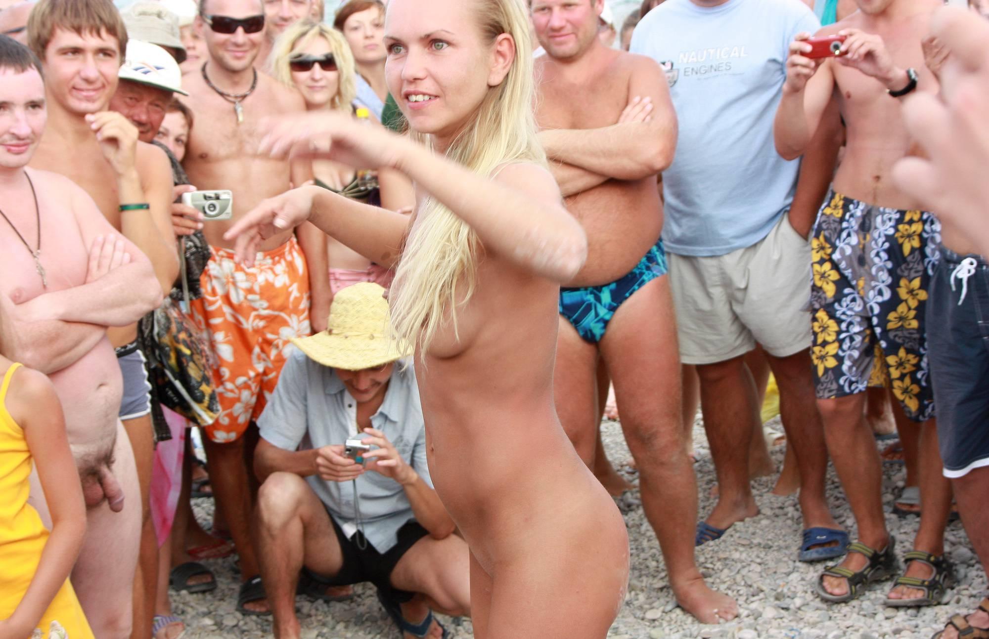 Nudist Photos Neptune Blondes Dance - 2