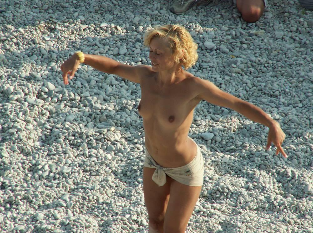 Neptune Day Beach Dance - 1