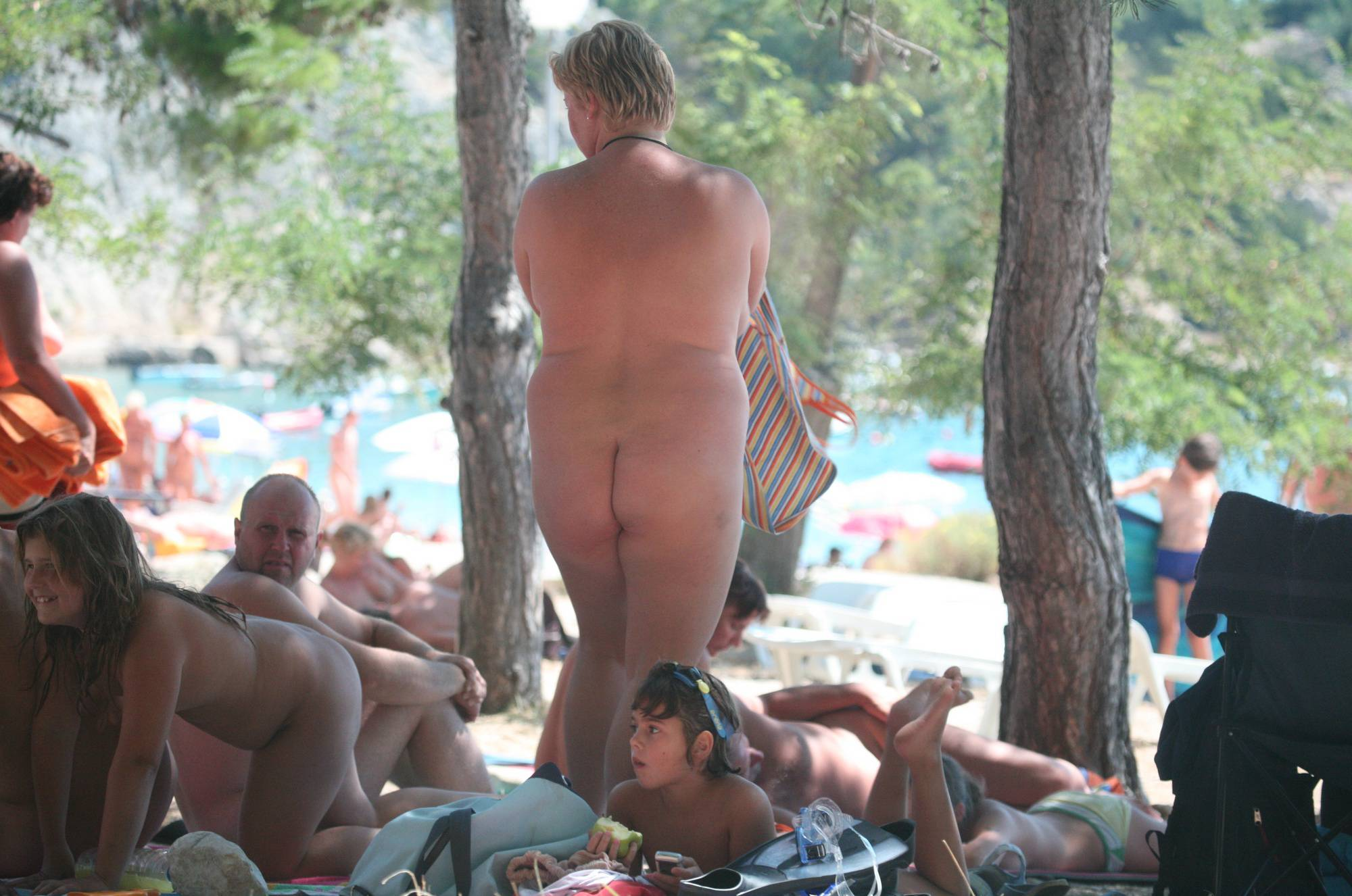 Nudist Pictures Sunnyside Family Picnic - 2