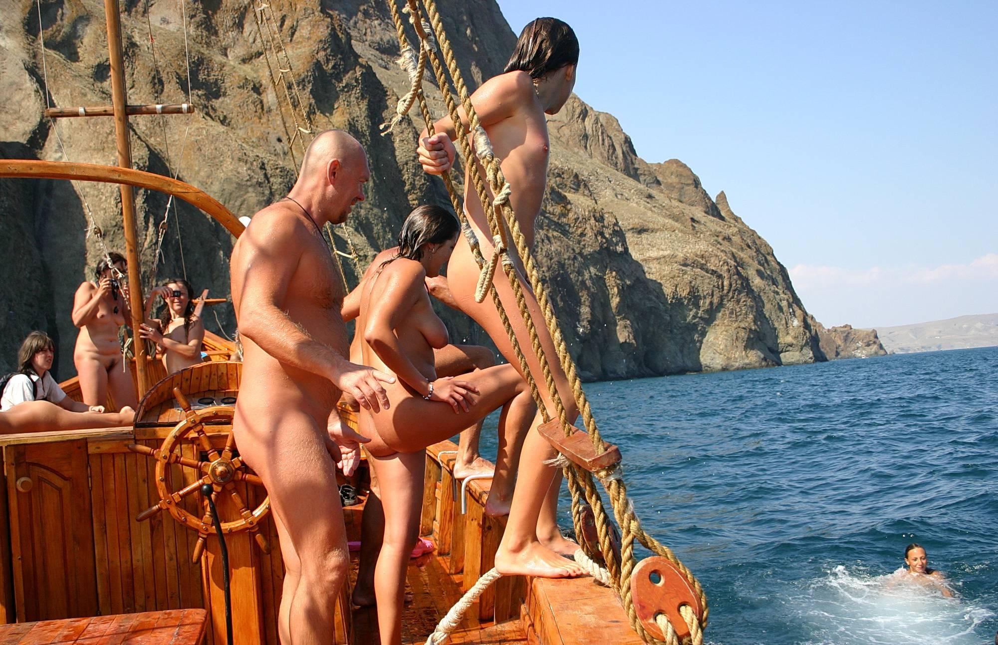 Arr Mateys! Pirates Ahoy - 1