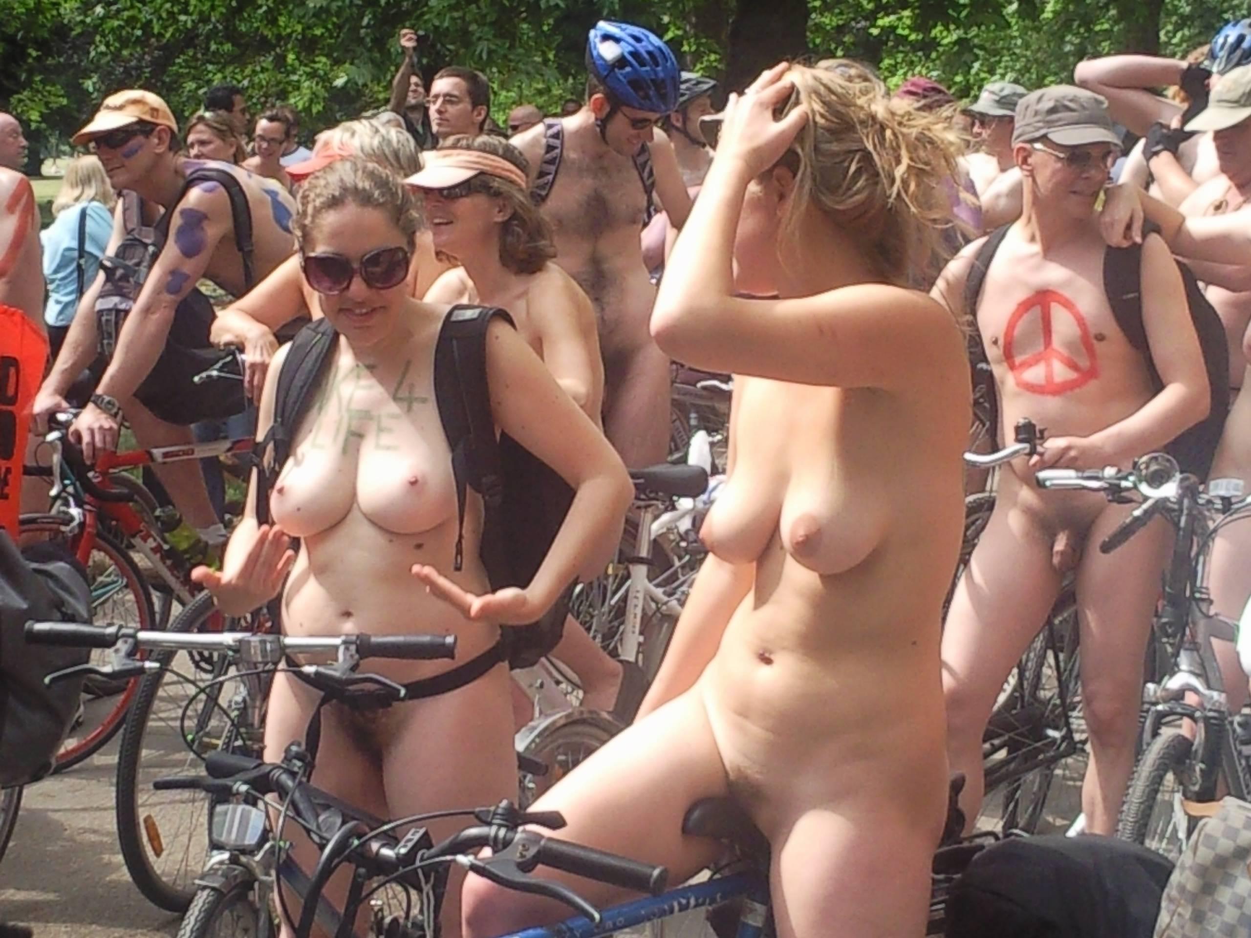 World Naked Bike Ride [WNBR] UK 2011 - 2