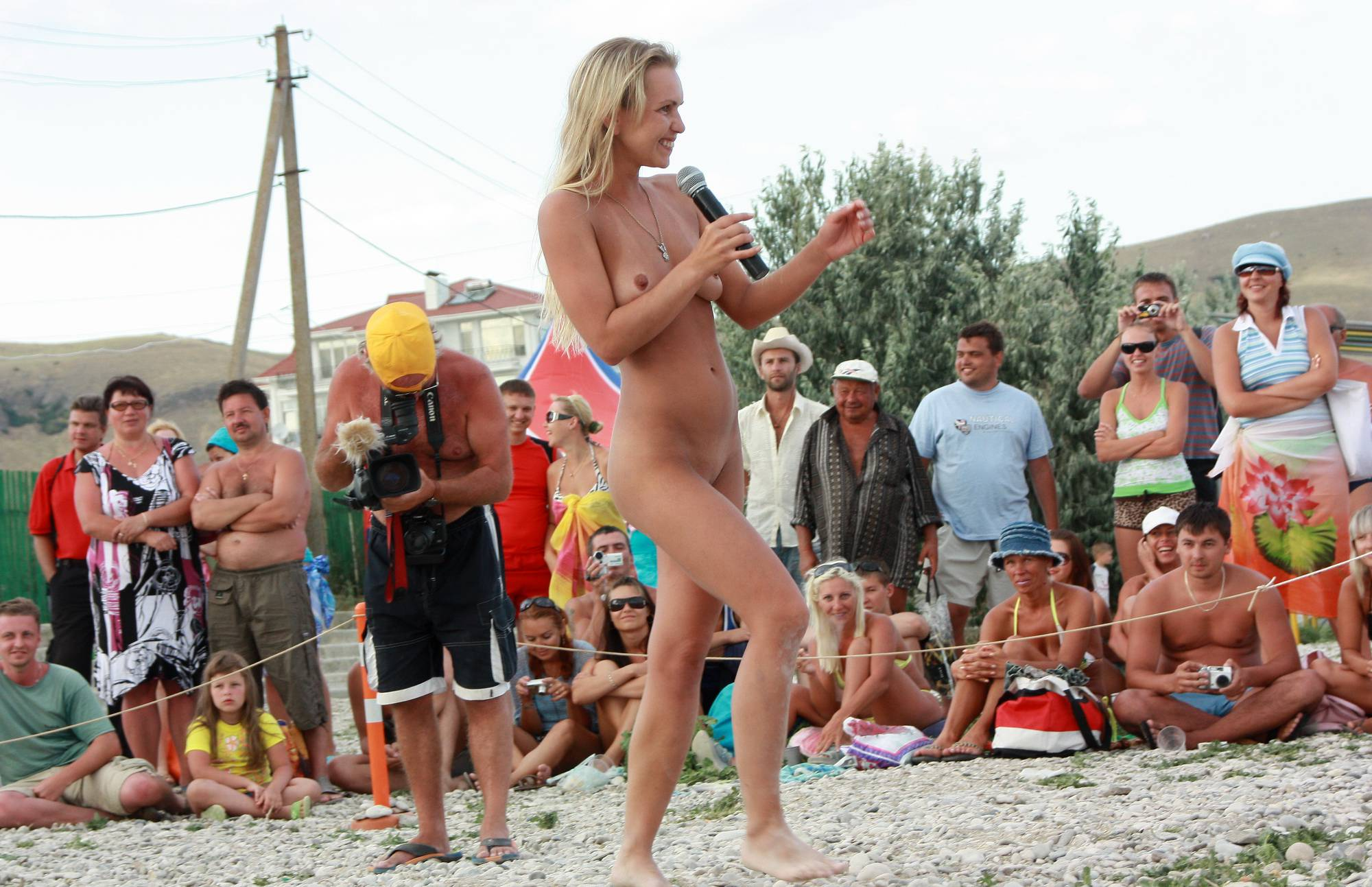 Purenudism Neptune Blonde Girl Dance - 1