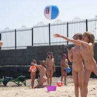 Beach Wall Kids Ball Game