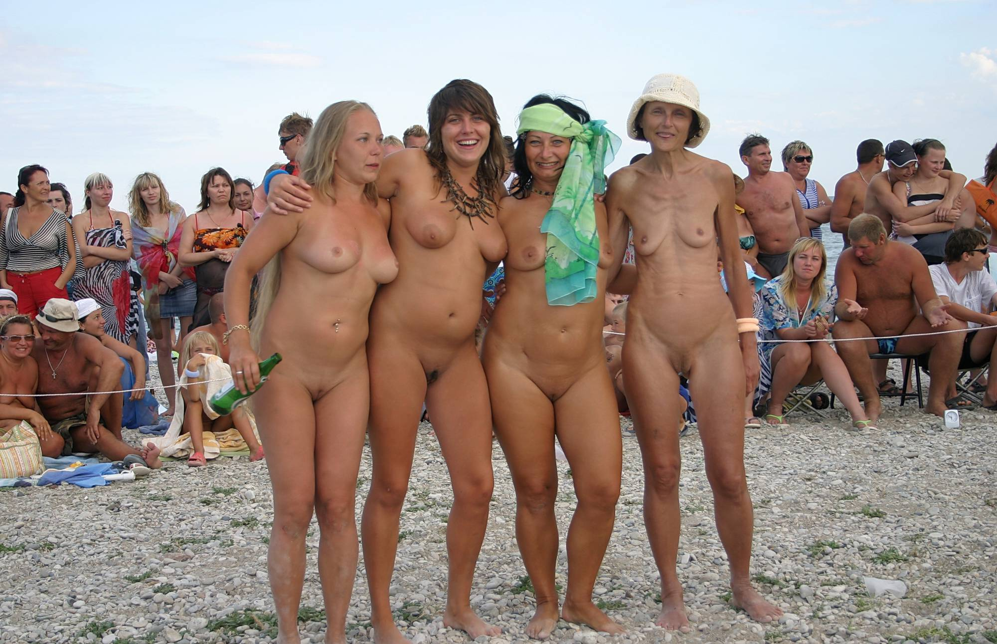 Pure Nudism Images Large Family Sun Party - 2