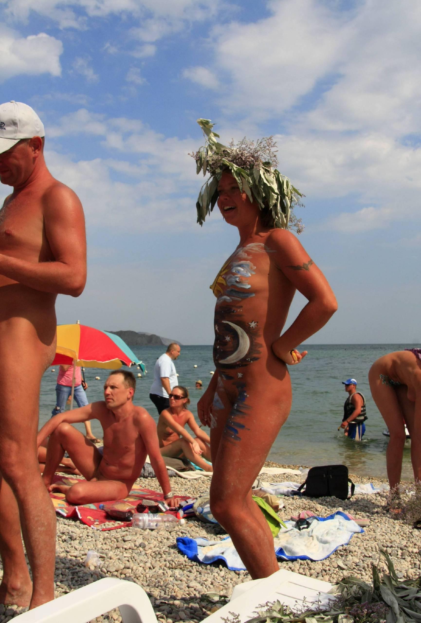 Pure Nudism Gallery Sand Beach Goddess One - 2