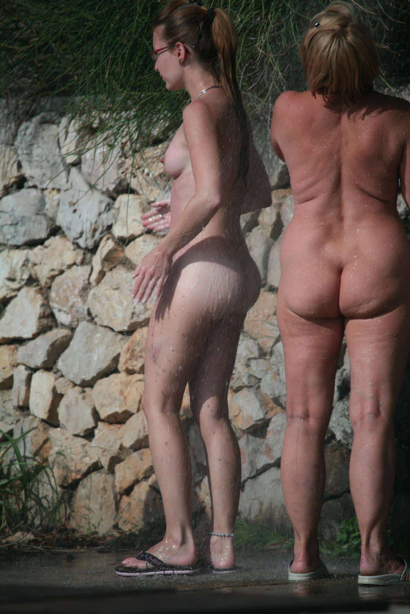 Nudist Pictures Shower-Wall Girl Family - 2